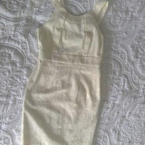 Dresses & Skirts - Vintage inspired floral cream brocade dress